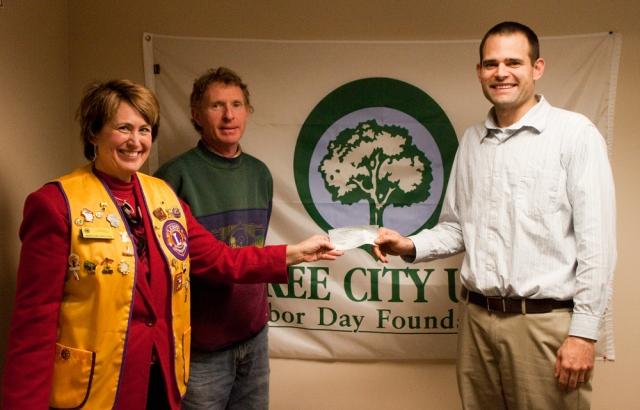 Delavan Lions Club tree check donation